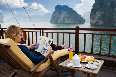LSV 1: Hanoi - Halong 4 days 3 nights Super Saver Package (BEST SELLING PACKAGE)